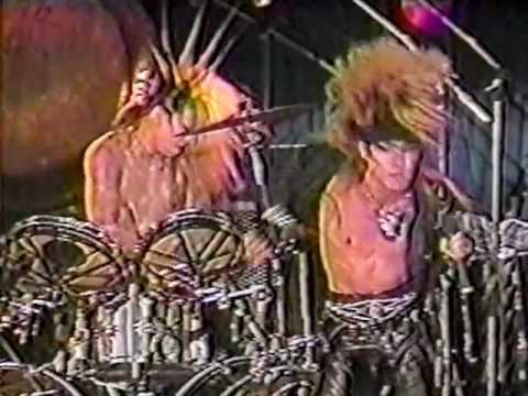 X JAPAN - Give Me The Pleasure ~ Stab Me In The Back (Kyoto Sports Valley 1988.09.04)