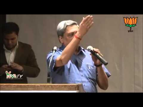 Simplicity for Me is Not for Publicity : Manohar Parrikar ! A Tight Slap for Arvind Kejriwal !