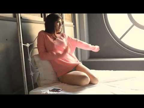 Putri Una Hot Concept Photoshoot video