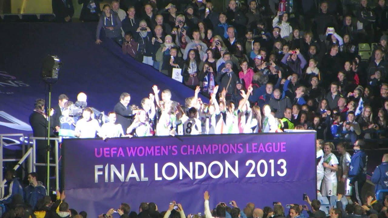 maxresdefault jpgUefa Champions League Trophy 2013