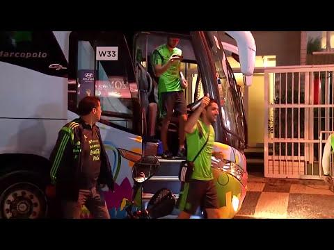 Copa é Paixão: Mexicanos invadem orla marítima em Fortaleza-CE