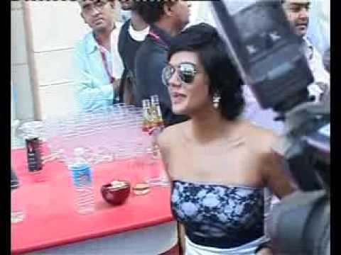 HoTT Kingfisher calender 2010 Video