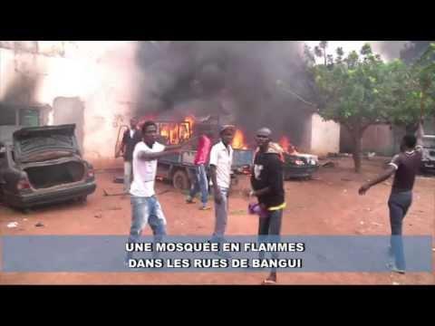Une mosquée brûlée dans la banlieue de Bangui