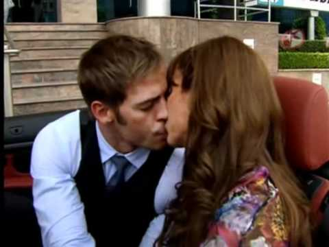 36 60 Besos William Levy en Sortilegio