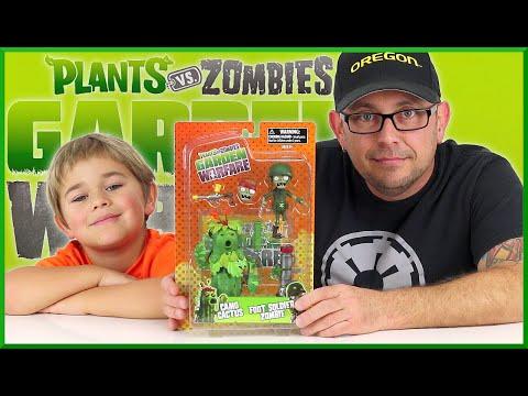 Plants vs Zombies Garden Warfare - Camo Cactus and Foot Soldier Zombie
