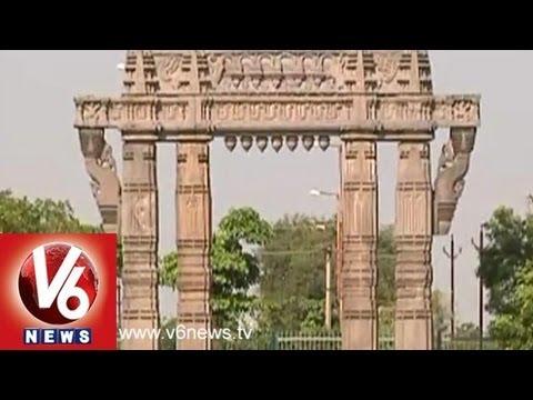 Cultural Heritage - Kakatiya Monumental Arch - Delhi Republic Day 2014