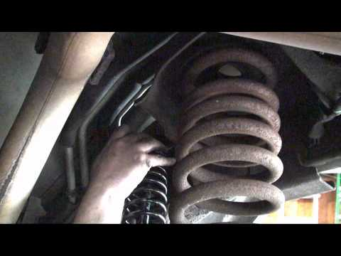 2000 Ford Expedition - Replacing the rear shocks with load leveling shocks