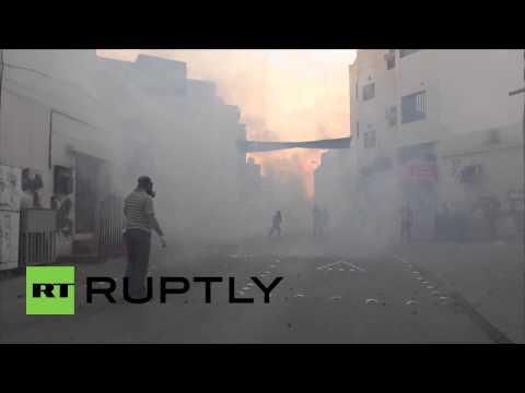 Bahrain: Clashes erupt in Molotov strewn Manama