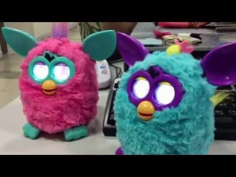 ตุ๊กตา Furby ประสานเสียง