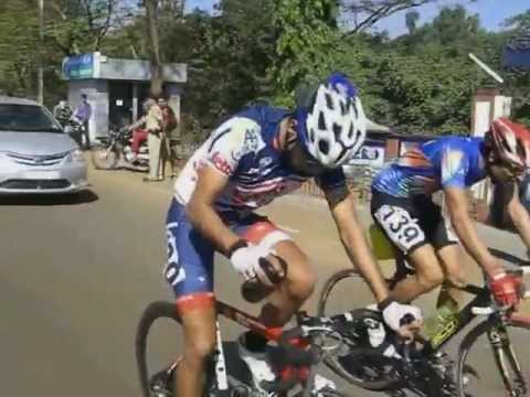 Mumbai Pune Cycle Race 2013 Highlights video