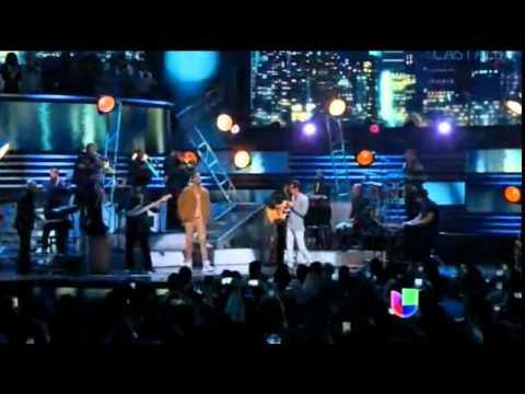 Marc Anthony & Romeo Santos en Premio Lo Nuestro 2015 -Yo también (19/02/15)