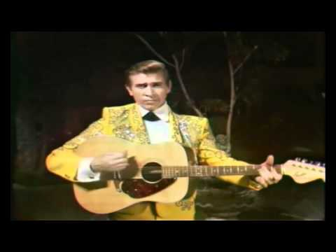 Buck Owens - Dust On Mother