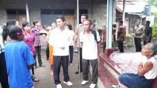 download lagu Bupati Suwirta Mengunjungi Warga Miskin Gangguan Jiwa gratis
