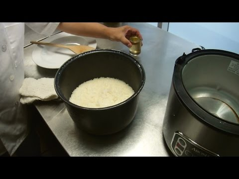 How To Cook Sushi Rice & Prepare Sushi Rice Vinegar