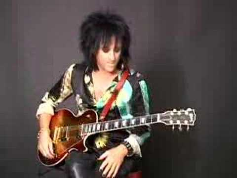 Steve Stevens (Billy Idol) guitar lesson&interview
