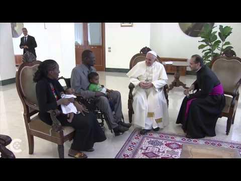 Meriam Ibrahim meets Pope Francis