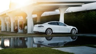 What Is the Monthly Cost of a Tesla with Solar?
