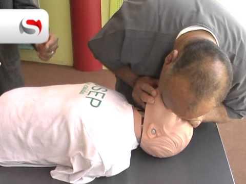Mirá el video: cómo hacer una reanimación cardio-pulmonar