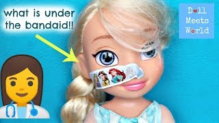 Elsa Needs A Bandaid! Anna and Elsa Videos - Toy Doctor