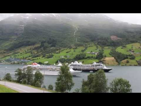 Balmoral & Azamara Quest in Olden,Norway
