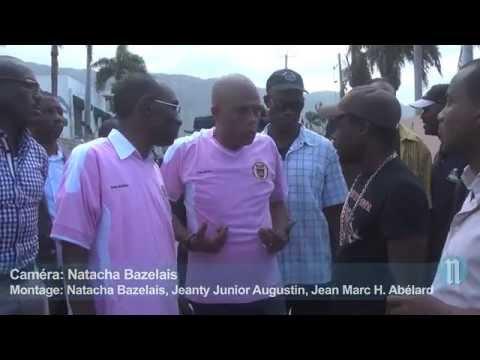 Haiti news: Domino et petites enveloppes pour Martelly