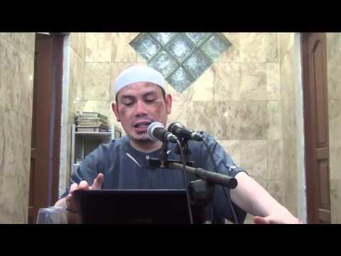 Hukum Menyerupakan Diri Dengan Orang Kafir - Ahmad Zainuddin