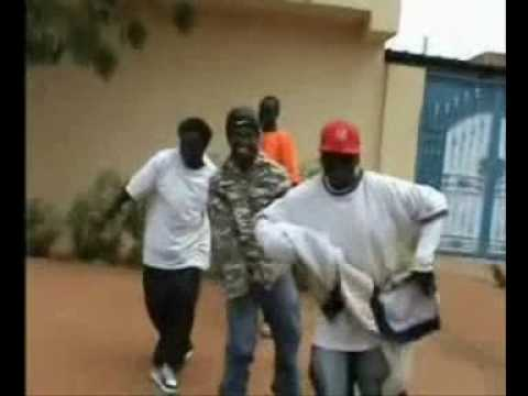 Sudanese  Rap - Dj Thomas &young P  - Hustla (southaboyz Production Video 2008).flv video