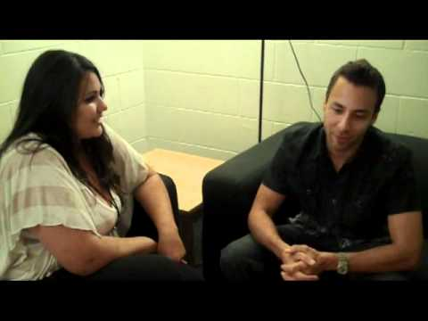 Nina Cruz and Howie D Backstage interview