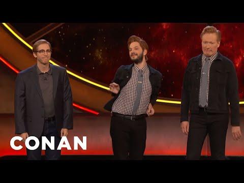 download lagu Ben Schwartz & Thomas Middleditch Cosplay As Conan & Andy - CONAN on TBS gratis