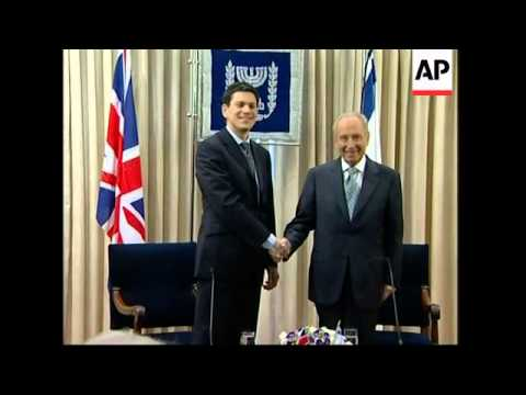 British FM  meeting Netanyahu and Peres