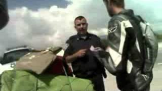 Tu.tv - Videos de Noticias y Blogs - Video  POLICIA MEXICANO PIDIENDO MORDIDA A UN GRINGO.flv