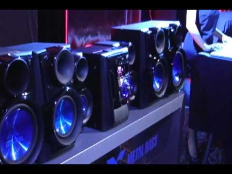 Rueda de Prensa en Panamá del Nuevo Minicomponente LG X-Metal MCV905
