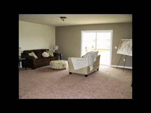 9309 Stone View Rockford, MI Presented by Bob & Chris Anderson Sable Homes