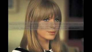 Watch Marianne Faithfull Reason To Believe video
