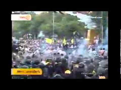 FOX NEWS Protesters clash with Bangkok riot police