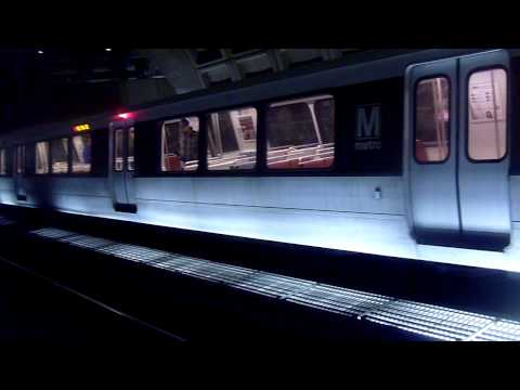 Washington Metro Red Line to Glenmont arrives at Gallery Pl-Chinatown on 2/5/2011