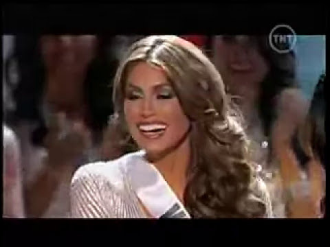 Constanza Báez quedó segunda finalista en Miss Universo