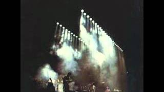 Genesis - Supper's Ready (Seconds Out).wmv