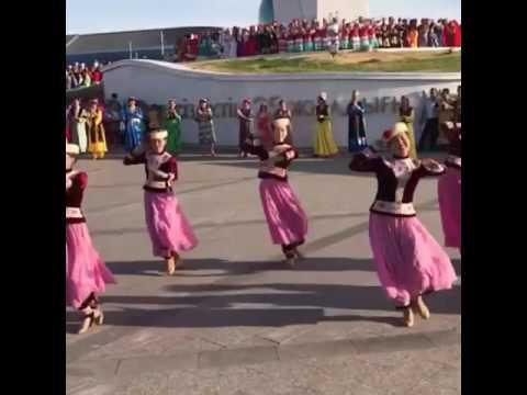 Уйгурский танец на EXPO-2017 Astana