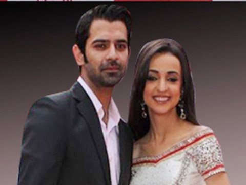Arnav & Khushi MEET FINALLY in Iss Pyaar Ko Kya Naam Doon 31st May 2012