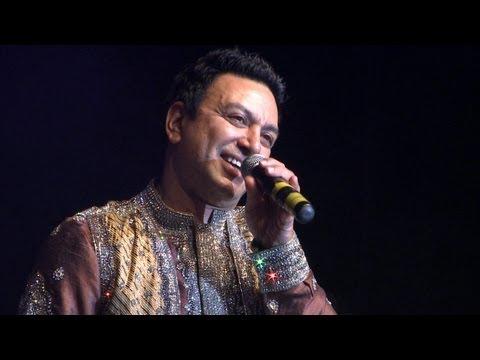 Manmohan Waris - Eni Vi Nafrat Na Kar - Punjabi Virsa 2012 Toronto...