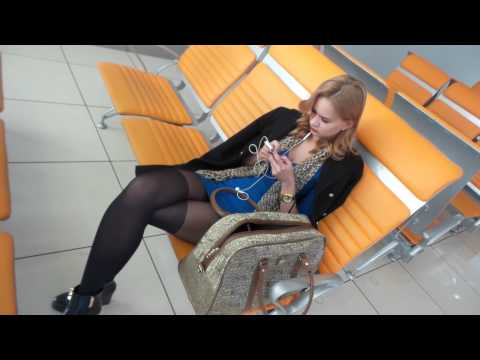 Отпадная девушка в аэропорту. Тотальный игнор