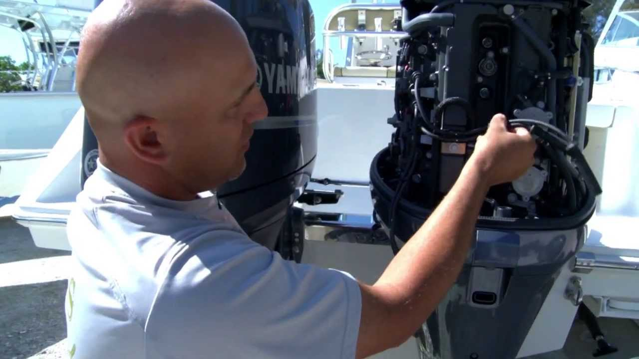 how to change spark plugs in a yamaha outboard motor