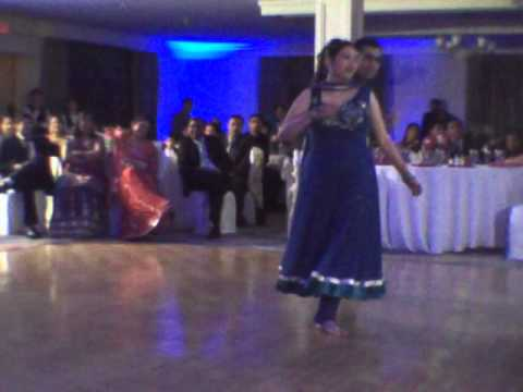 Ekta and Jay dance at Aakar's reception