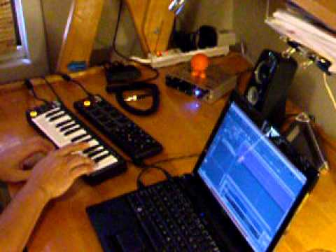 AKAI LPK 25 and playing Bach