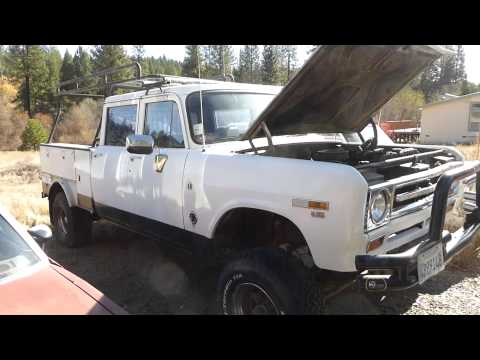 BEEFY - International Harvester Club Cab 4X4 392 Pick Up Truck