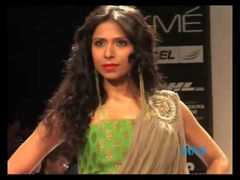 Watch Lakme Fashion Week where models showcase Payal Kapoor collection-Indian Bridal Wear