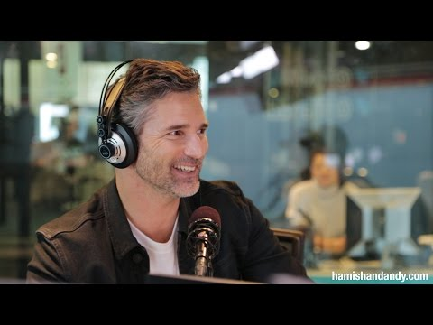Eric Bana on Ricky Gervais' fake Private Jet