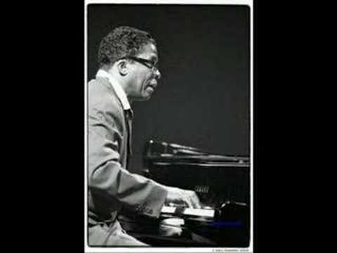 1648384 in addition The oscar peterson dimensions also Shm Cd furthermore US Jazz Oscar Peterson Lot Of 11 Albums Verve Fontana MPS And America 1952 1973 Various Co 1437073 as well The Irio De Paula Alessio Urso Afonso Vieira Maracana. on oscar peterson hello herbie