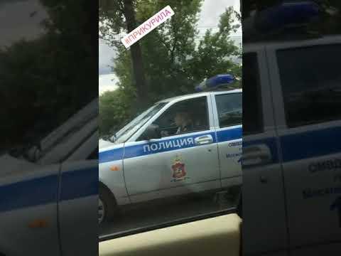 Молодые и красивые девушки в полиции!